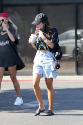 Vanessa Hudgens - Coffee Bean & Tea Leaf in Los Angeles 09/05/2020