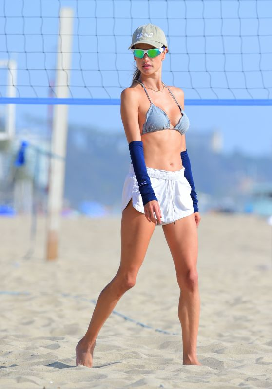 Alessandra Ambrosio - Playing Volleyball at a Beach in Santa Monica 10/10/2020