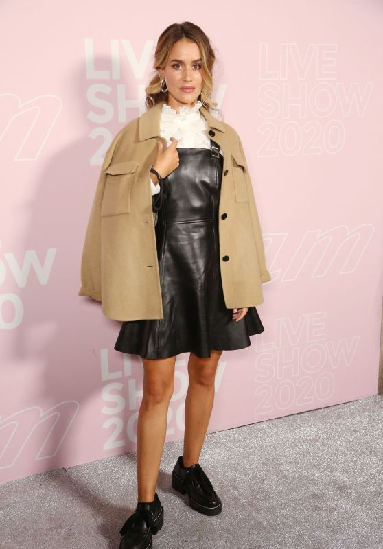 Alice David - Etam Show at Paris Fashion Week 09/29/2020