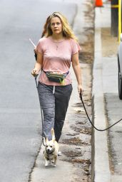 Alicia Silverstone Makeup-Free - Hollywood Hills 10/20/2020