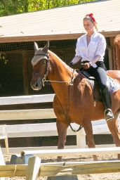 Amber Heard - Horse Riding 10/13/2020