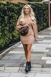 Amber Turner - Envy Shoes Photocall in London 10/01/2020