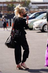 Anne Heche in All Black at the DWTS in LA 10/01/2020