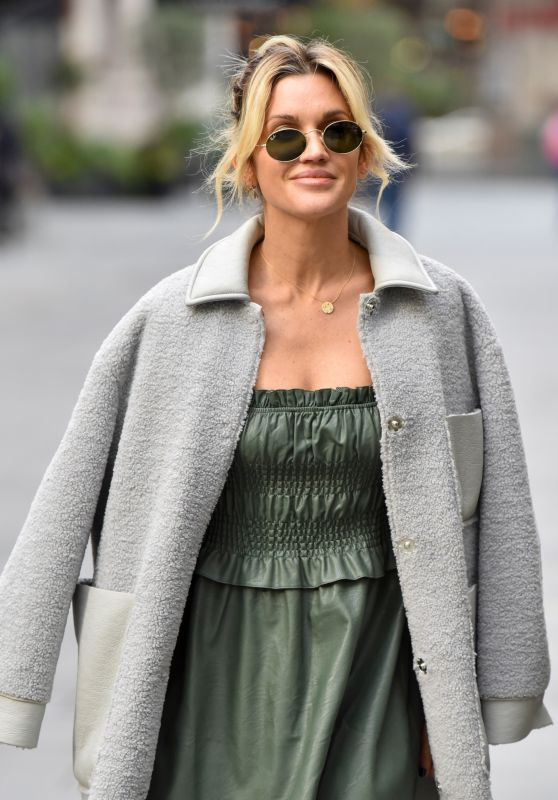 Ashley Roberts - Leaving the Global Studios in London 10/28/2020