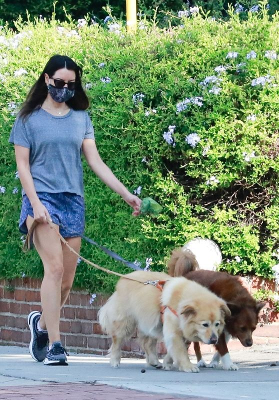 Aubrey Plaza - Takes Her Dogs Out For a Morning Walk 10/17/2020