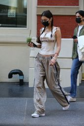 Bella Hadid - Arriving at a Hair Salon in NYC 10/06/2020