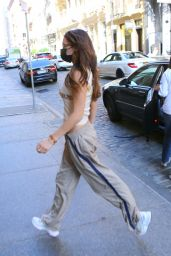 Bella Hadid - Leaving a Hair Salon in NYC 10/06/2020