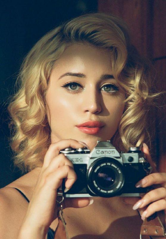 Caylee Cowan - Photoshoot October 2020