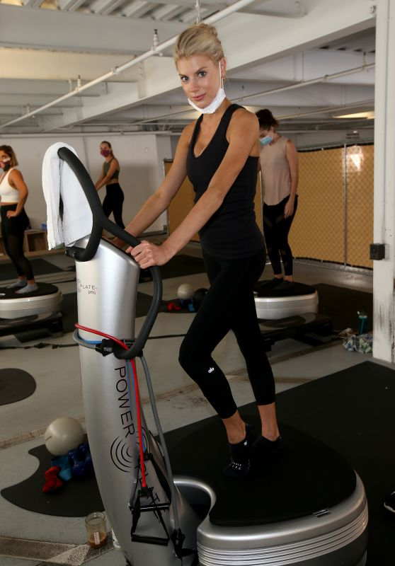 Charlotte McKinney - Works Out With Girl Powerful in LA 10/11/2020