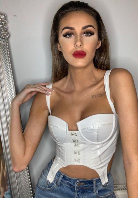 Chloe Veitch - Social Media Photos 10/05/2020