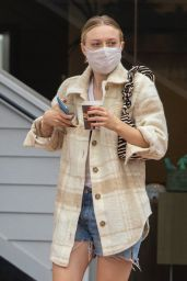 Dakota Fanning Wearing Two Masks - Studio City 10/22/2020