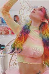 Dani Thorne - Social Media Photos 10/13/2020
