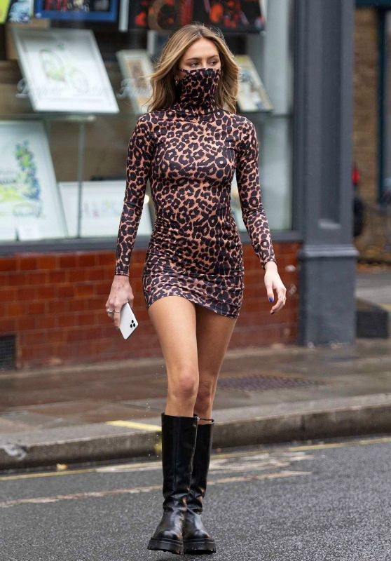 Delilah Hamlin in Leopard Print Mask Dress - London 10/13/2020