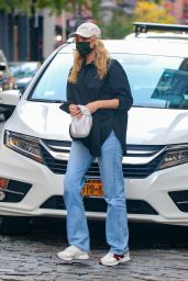 Elsa Hosk in Casual Outfit - Out in New York 10/14/2020