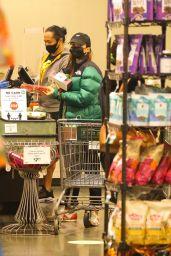 Emily Ratajkowski - Stops at Whole Foods in New York 10/07/2020