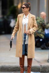 Emily Ratajkowski Street Style - Out in Downtown Manhattan 10/27/2020