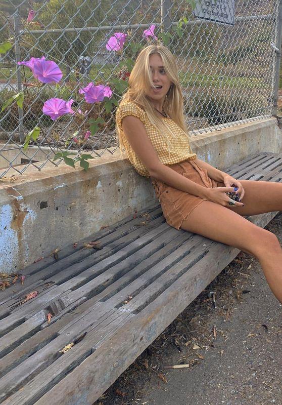 Emily Skinner - Social Media Photos 10/06/2020