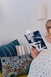 Emma Roberts 10/29/2020