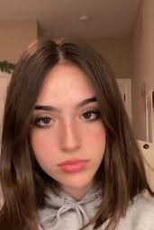 Gabriela Bee - Social Media Photos and Videos 10/06/2020
