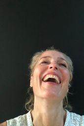 Gillian Anderson - Social Media Photos 10/08/2020