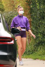 Hailey Bieber in a Purple Nike Gym Outfit - Beverly Hills 10/06/2020