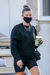 Hailey Bieber - Picks Up a Healthy Drink in Beverly Hills 10/12/2020