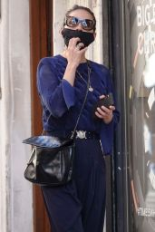 Hayley Atwell - Shopping in Rome 10/08/2020