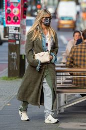 Heidi Klum in a Green Tweed Coat - Shopping in Berlin 10/24/2020