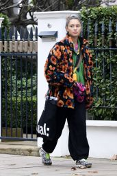 Iris Law Quirky Style - London 10/30/2020