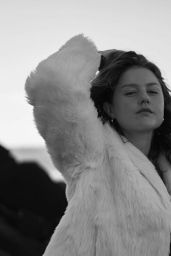 Isabelle Cornish – Photoshoot 2020