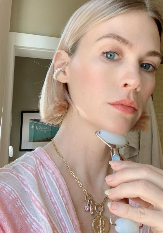 January Jones – Social Media Photos 10/14/2020