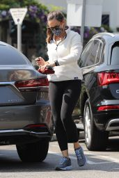 Jennifer Garner - Out in Brentwood 10/11/2020