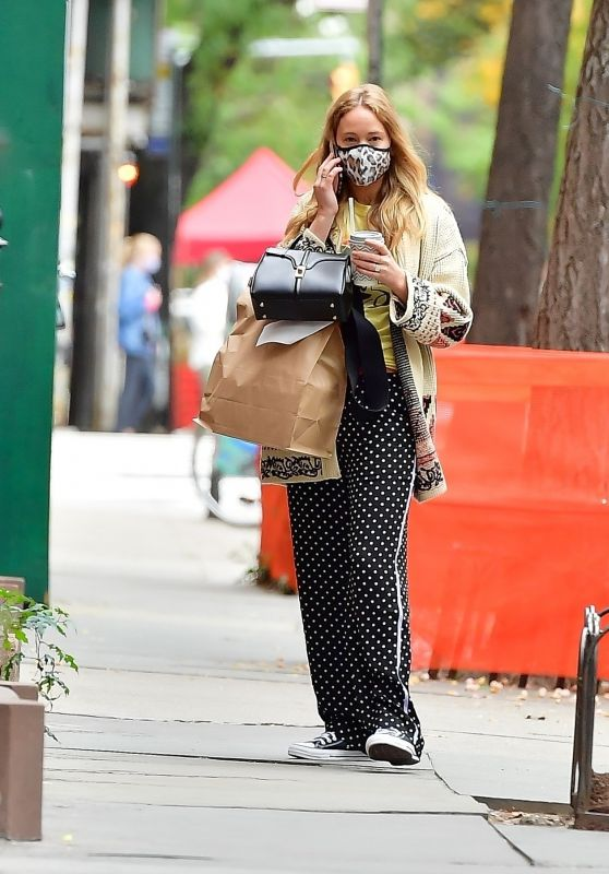 Jennifer Lawrence - Out in NYC 10/26/2020