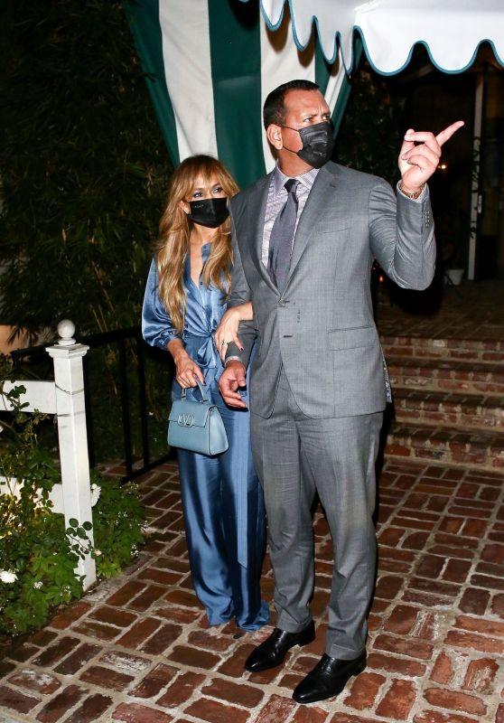 Jennifer Lopez and Alex Rodriguez at San Vicente Bungalows 10/13/2020