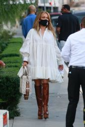 Jennifer Lopez and Alex Rodriguez at San Vicente Bungalows 10/30/2020