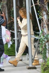 Jennifer Lopez - Heading Out to the Airport in NYC 09/30/2020