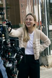 """Kaley Cuoco - """"The Flight Attendent"""" Set in NYC 10/10/2020"""