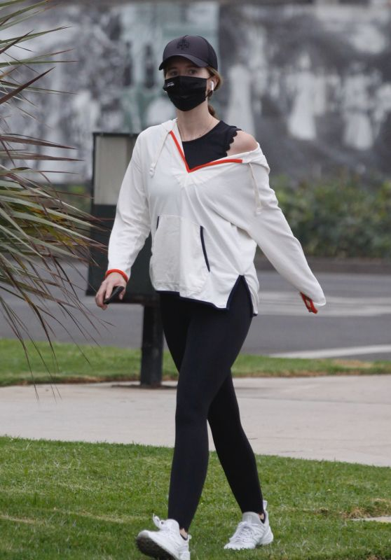 Katherine Schwarzenegger - Out For Walk in Santa Monica 10/18/2020