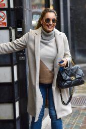 Kelly Brook - Arriving at the Global Studios in London 10/13/2020