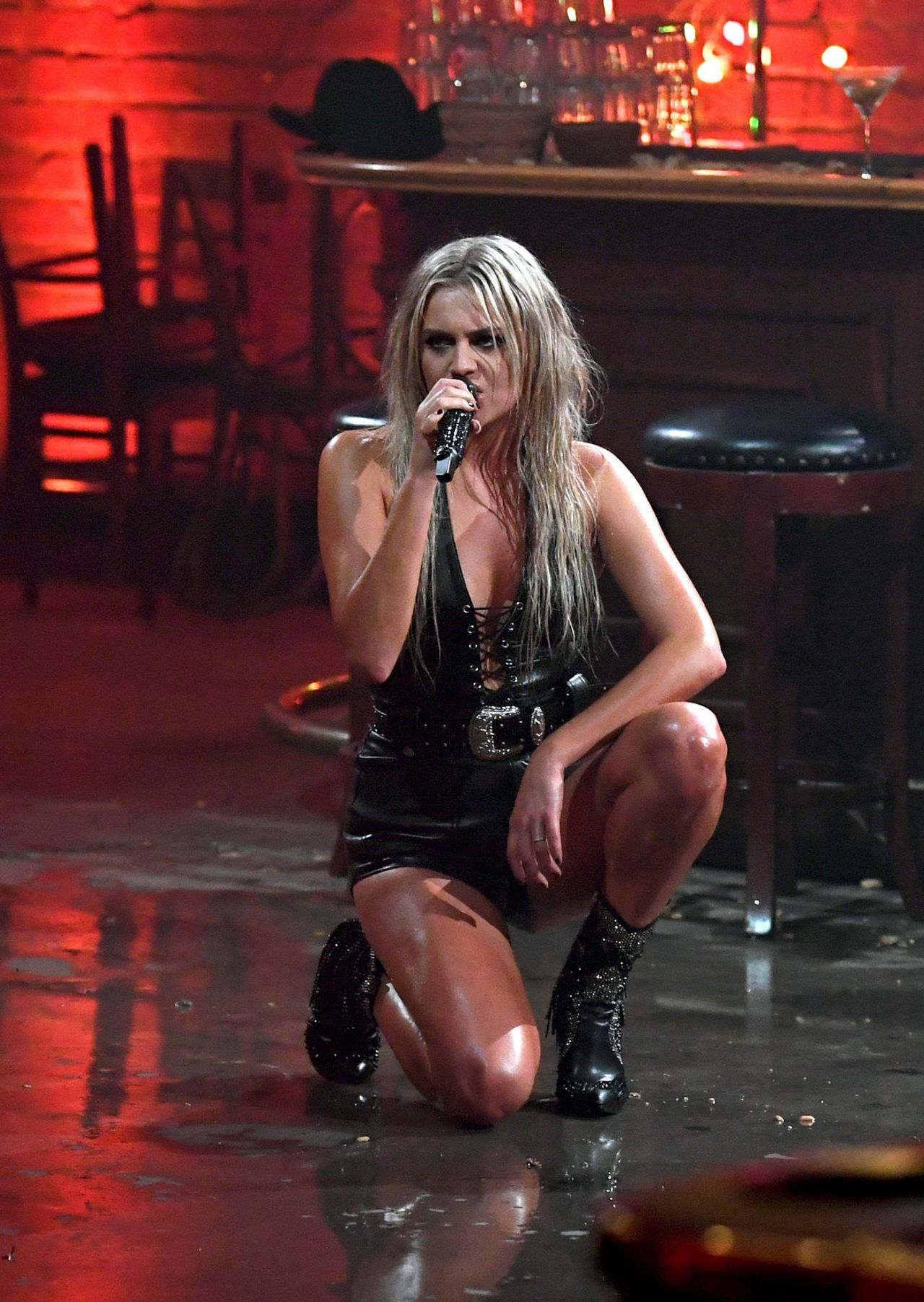 Fashion hits and misses from the 2017 CMT Music Awards