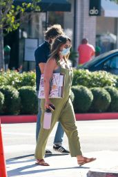 Leighton Meester - Shopping in Santa Monica 09/29/2020