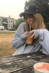 Maddie Phillips - Social Media Photos 10/05/2020