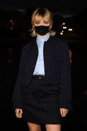 Maisie Williams - Ami Alexandre Mattiussi Show at Paris Fashion Week 10/03/2020