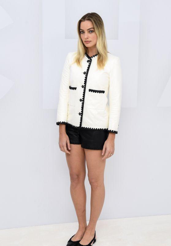Margot Robbie - Virtual Presentation of the Chanel Fashion Show in Paris 10/06/2020