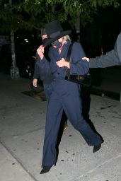 Miley Cyrus – Returning to the Bowery Hotel in New York 10/01/2020