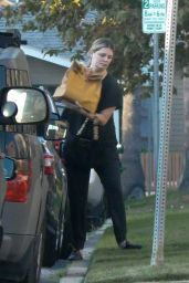 Mischa Barton - Grocery Shopping at VONS in LA 10/06/2020