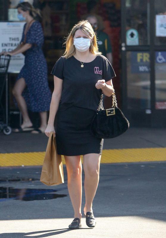 Mischa Barton - VONS Near Her Home in Los Feliz 10/07/2020