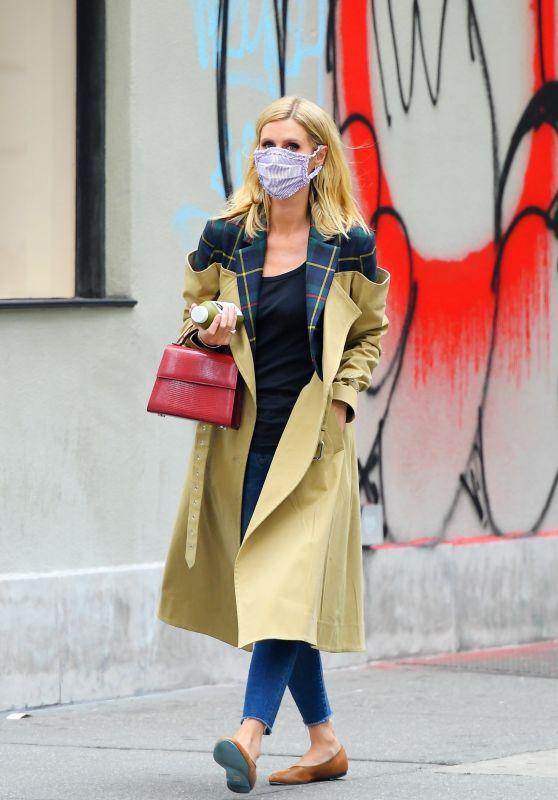 Nicky Hilton - Running Errands in New York 10/22/2020
