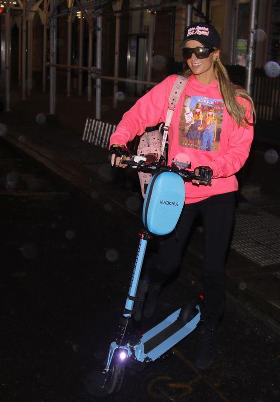 """Paris Hilton Wears a """"Make America Hot Again"""" Cap in NYC 10/30/2020"""