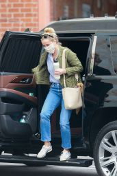 Reese Witherspoon - Out in Hollywood 10/23/2020